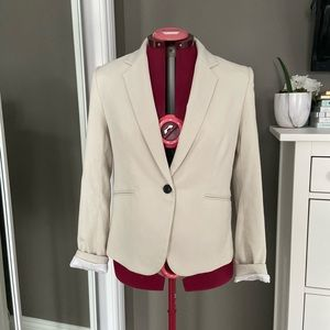 NWOT H&M Cream Coloured Blazer